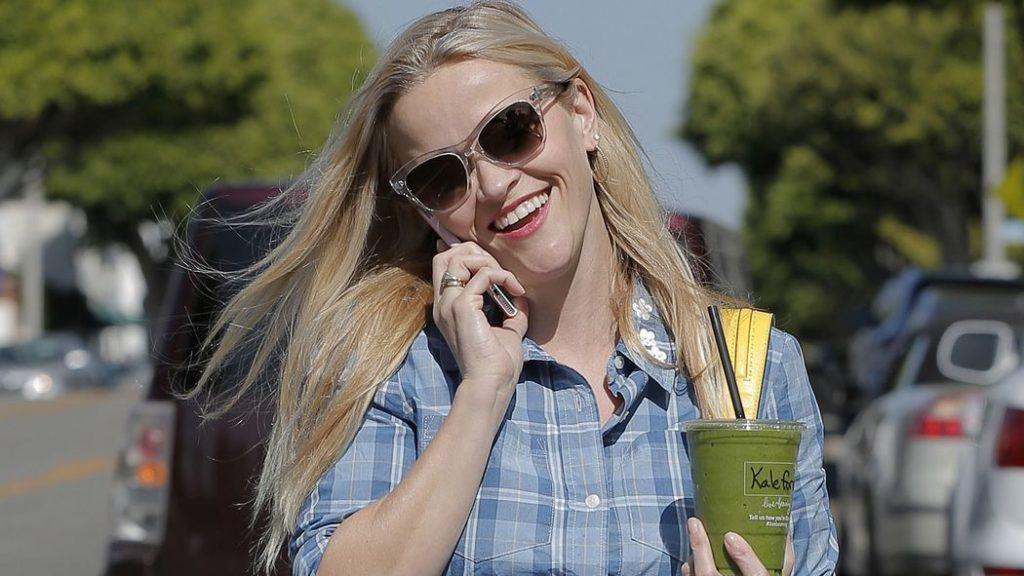 Conheça 10 celebridades que são amantes de café - Villa Café