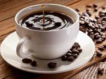 tomar muito café agrava a gastrite